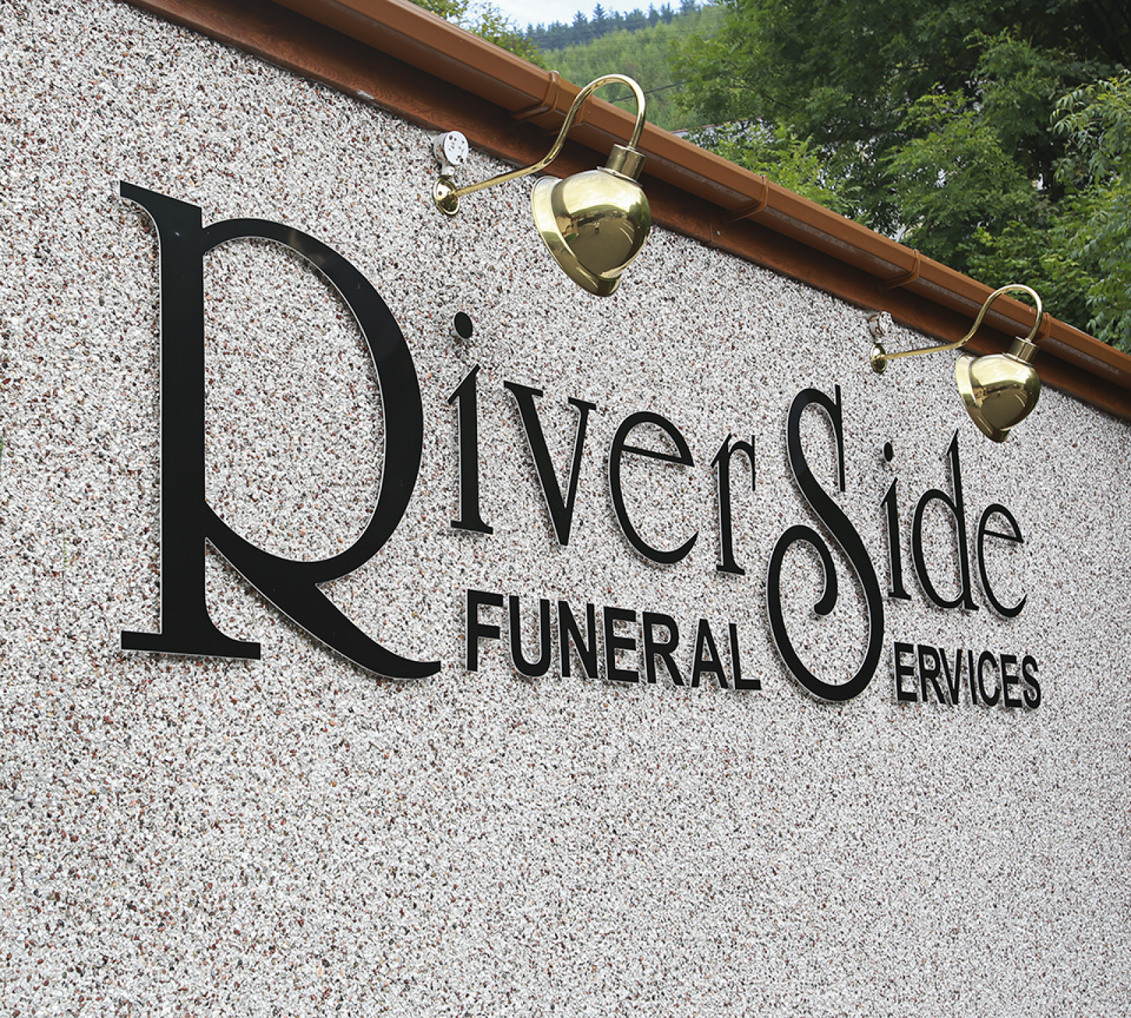 Riverside Funeral Services